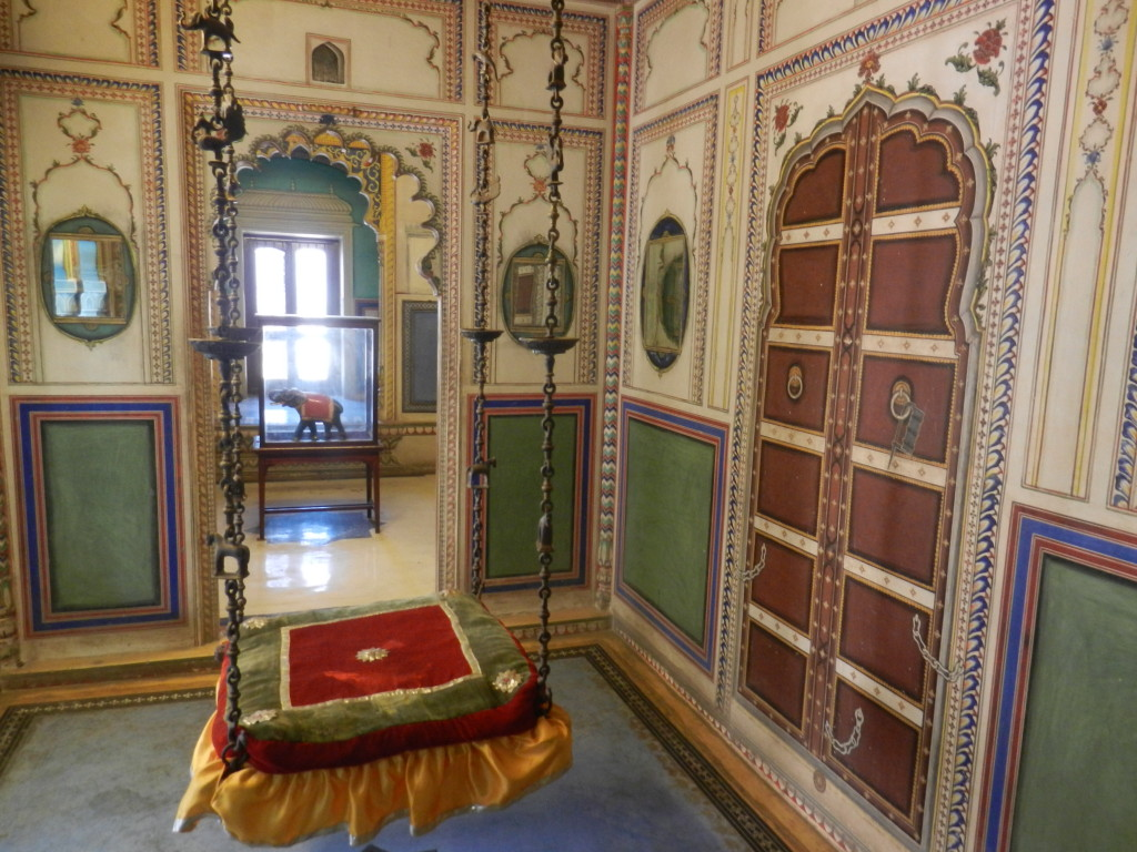 A room inside the palace at Udaipur.