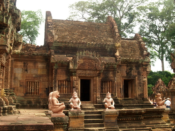 Though one of the farthest temples to reach when touring the archaeological sites, Banteay Srei rewards visitors with great details.