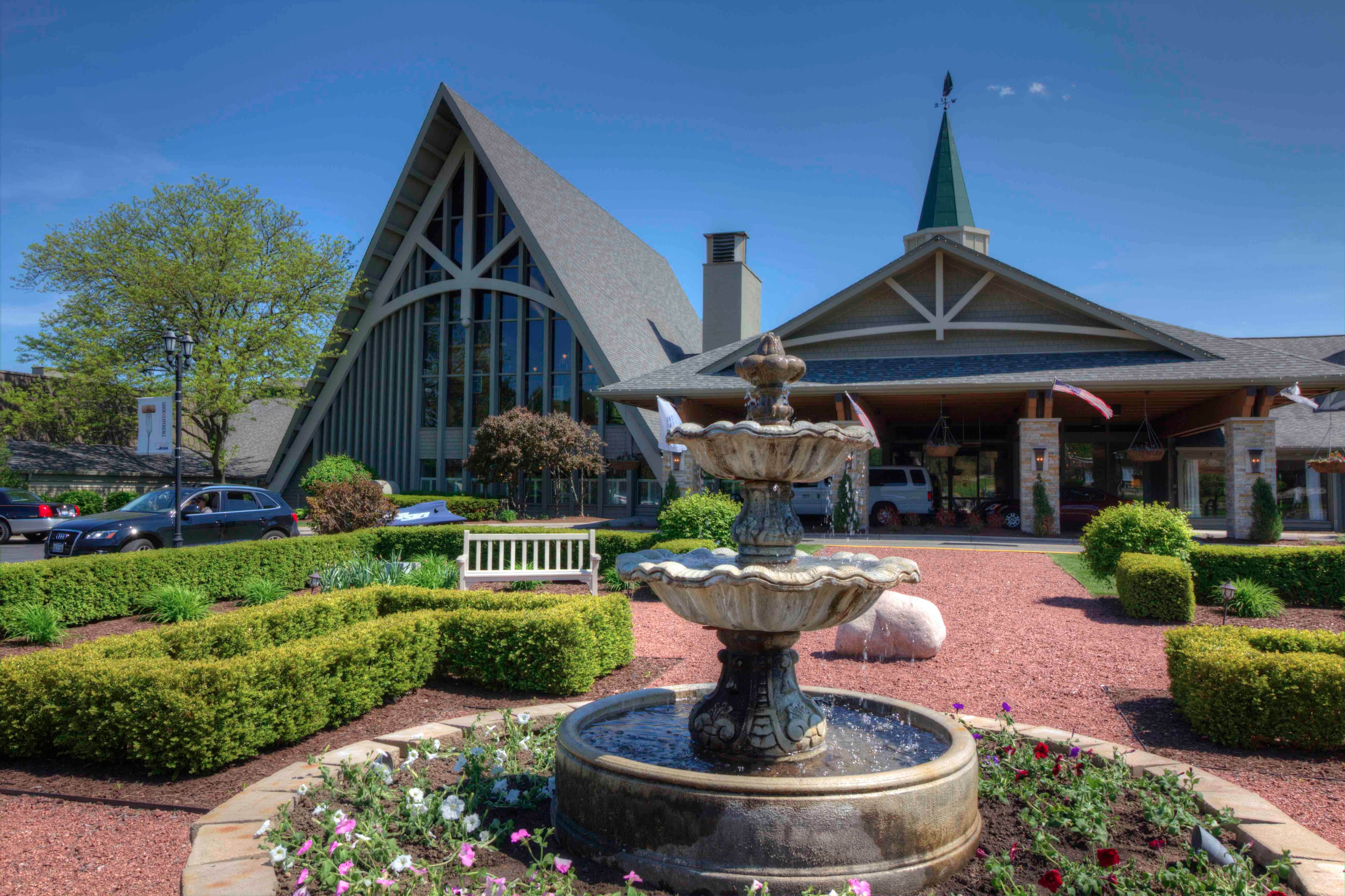 Heavenly moments at the abbey travelers roundtable for Lake geneva resorts cabins